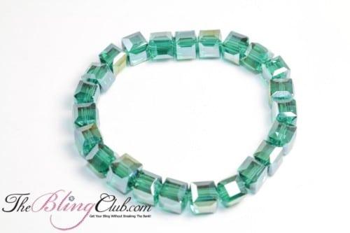 Irridescent BLING stretch emerald green bracelet